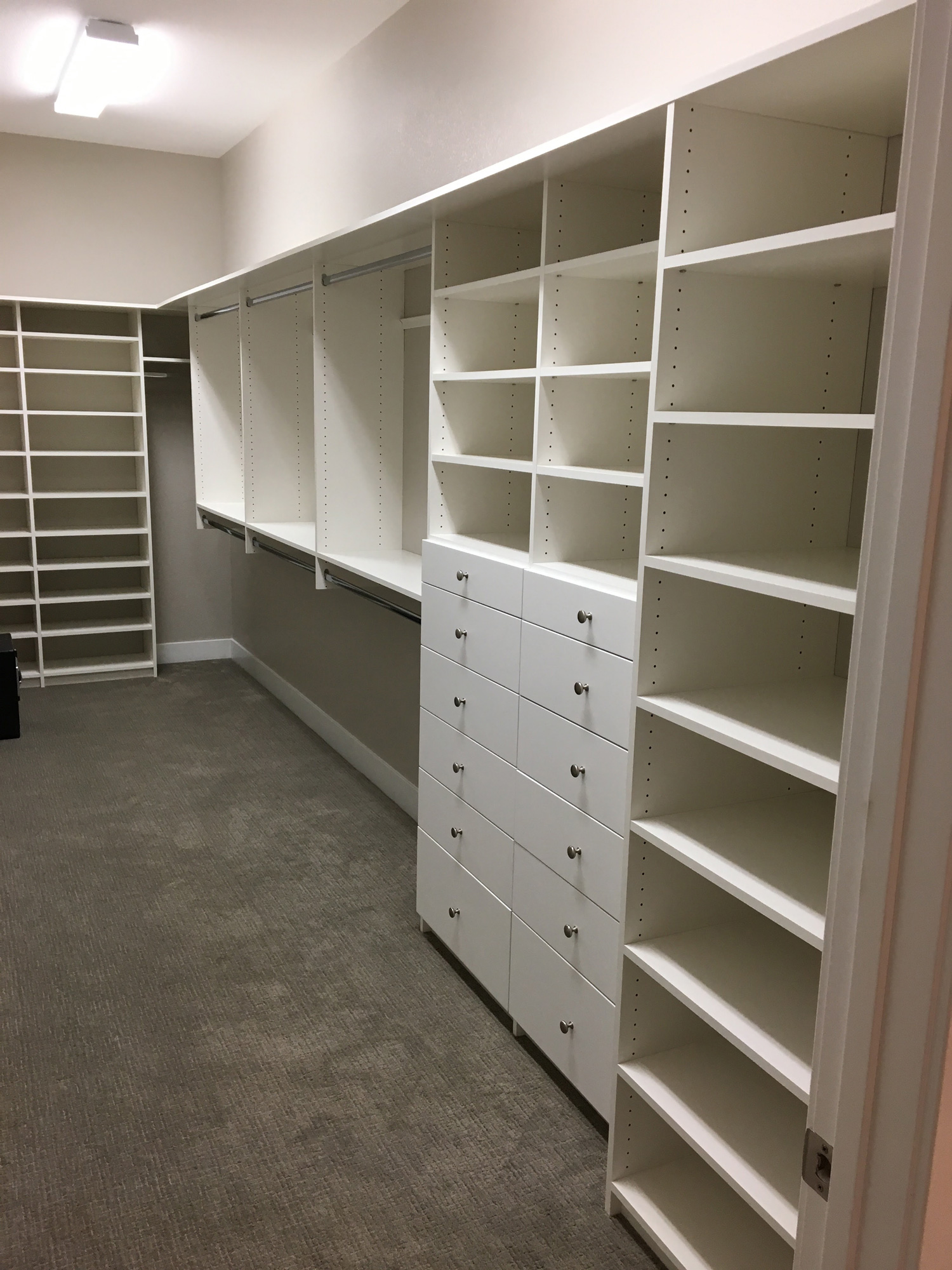 Beau Custom Closets