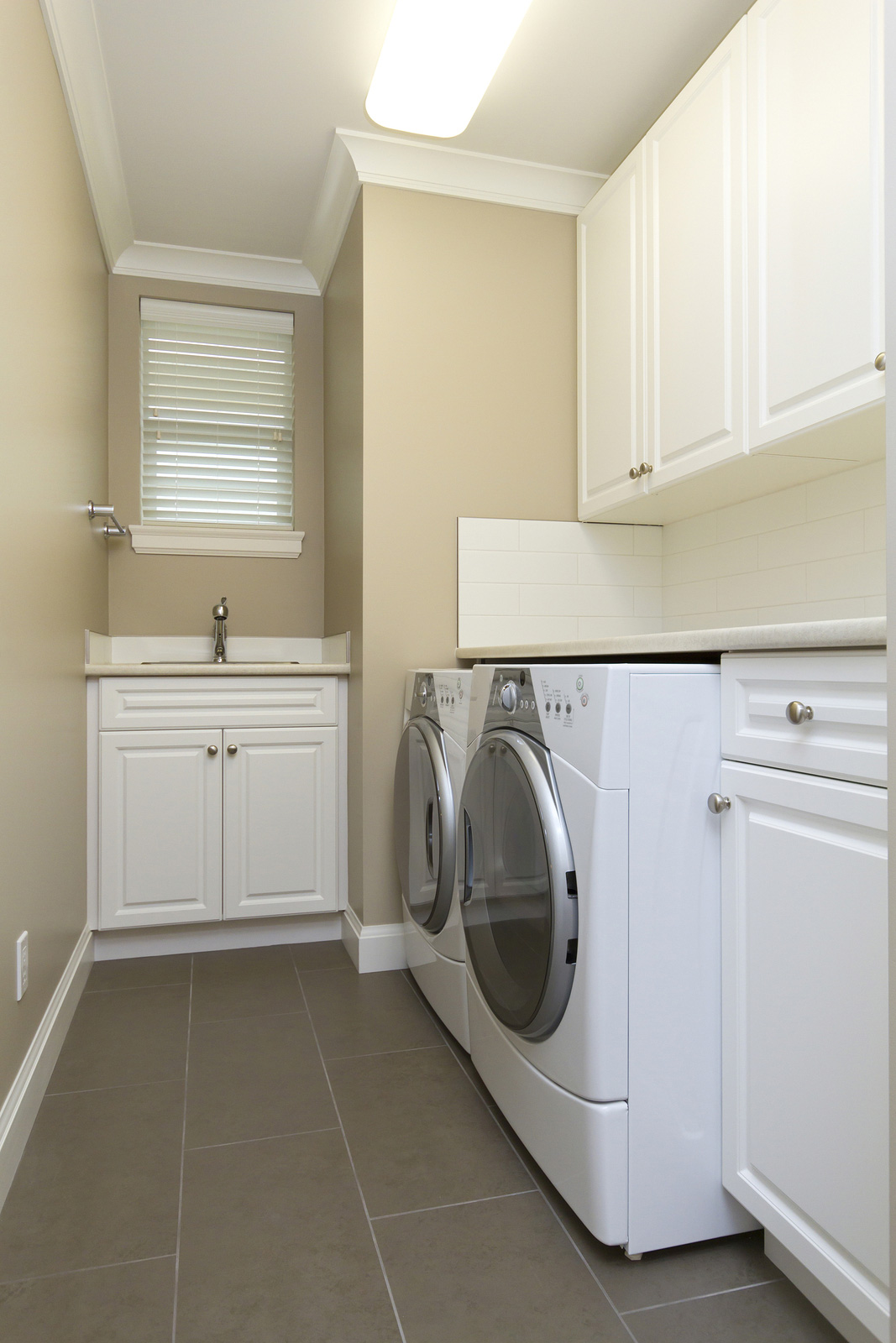 Las Vegas Laundry Solutions Custom Closet Systems Inc